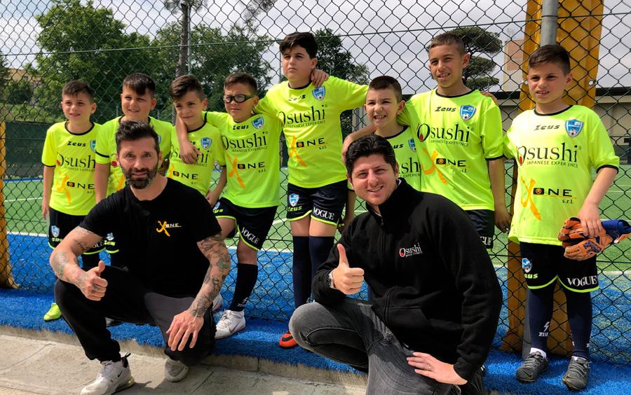 Il ristorante Osushi partecipa alla Inaugurazione scuola calcio napoletana di Pasquale Schiattarella